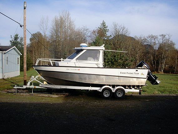 23' Raised Cabin Sportfisher